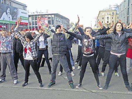 «Майданс» в Днепропетровске: танцевали 67-летние