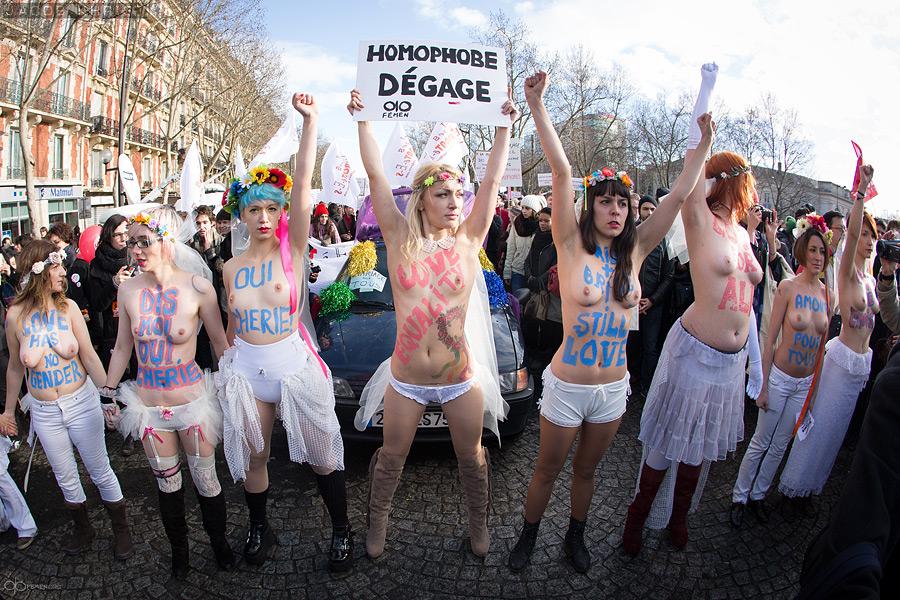 Активистки FEMEN возглавили марш однополой любви в Париже