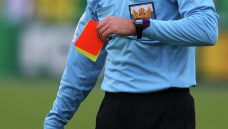 Судья, напавший на футболиста Амкара, дисквалифицирован пожизненно