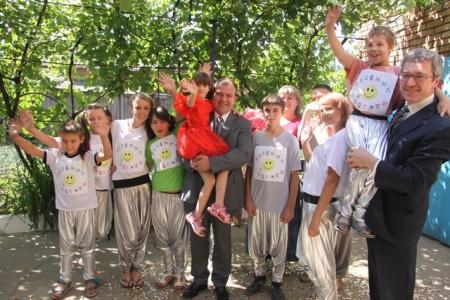 На Дніпропетровщині відкрито ще три дитячі будинки сімейного типу