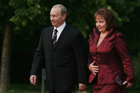 Путинский развод: три версии скандального события