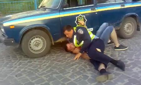 Милицейский беспредел. Тернополь. (видео)