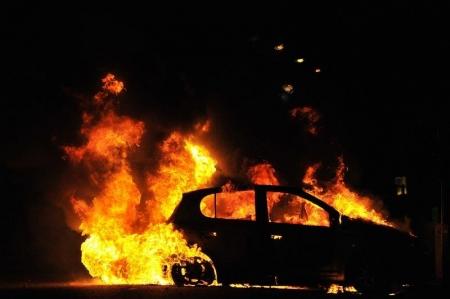 В Днепропетровске снова горели авто