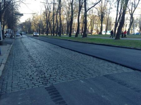 Из Днепропетровска исчезает брусчатка