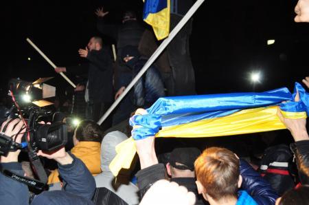 Днепропетровск поддержал всеукраинский Ленинопад (Фото, Видео)