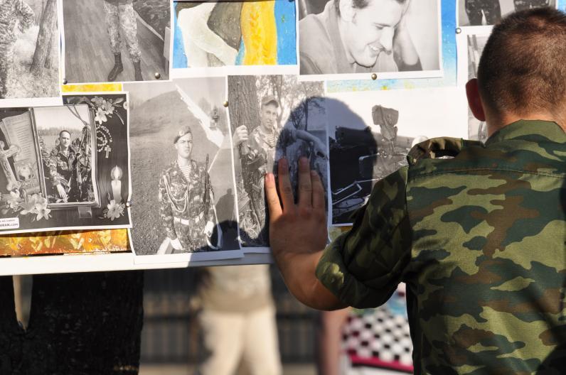 Семьи погибших десантников получат помощь