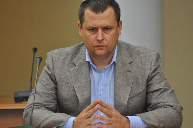 Власти Днепропетровщины помогают освобождать пленных