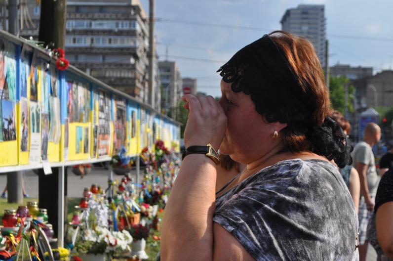В Днепропетровске почтили память погибших десантников (Фото)