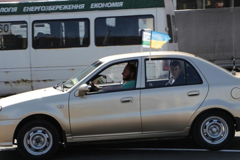 В День города Борис Филатов вместе принял участие в праздничном автопробеге
