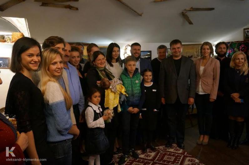 Клименко «откровенно поговорил» с украинскими семьями