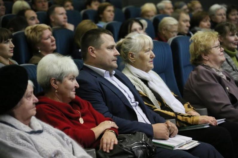 История города глазами тысячей днепропетровцев: презентован уникальный проект Бориса Филатова