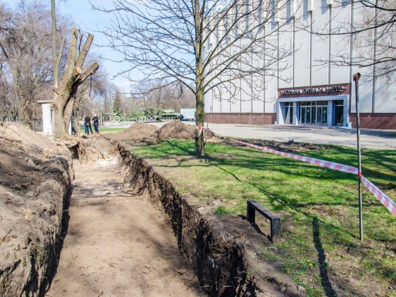 Дорогами Донбасса: в Днепропетровске строят уличную экспозицию музея АТО