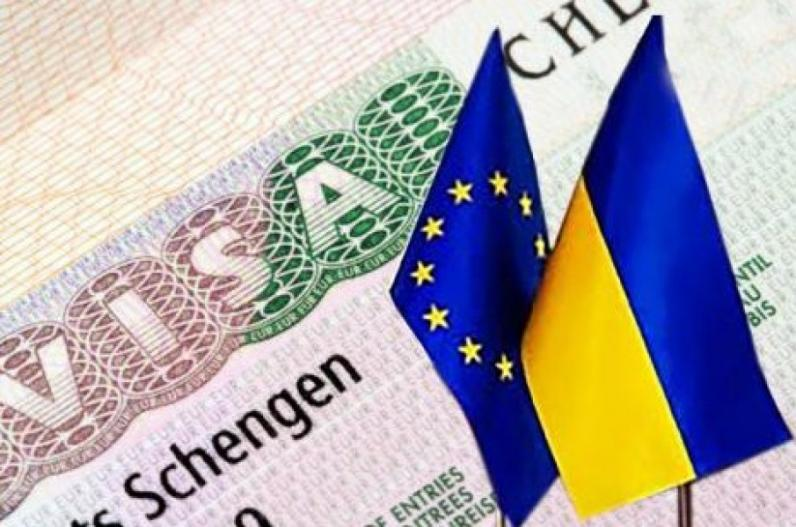Вопрос отмены виз украинцам рассмотрят 11 мая