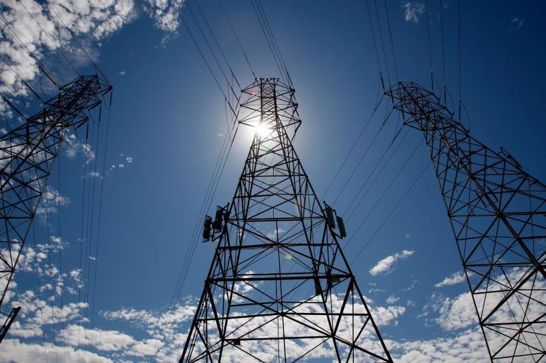 Кабмин планирует пересмотреть стоимость электроэнергии