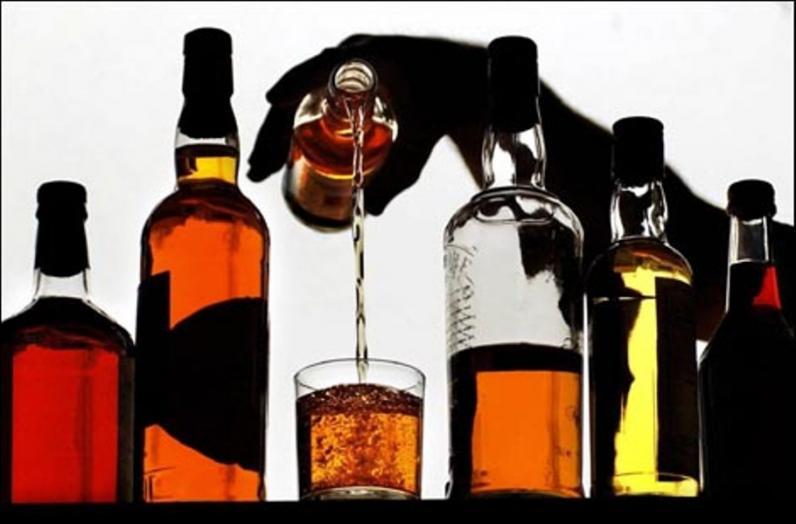 На Днепропетровщине торговали элитным импортным алкоголем без акциза