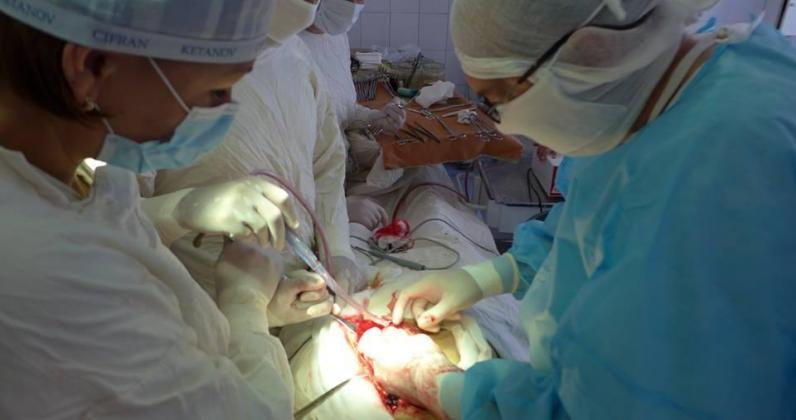 В Днепре врачи спасли бойца с осколочными ранениями глаза и головы