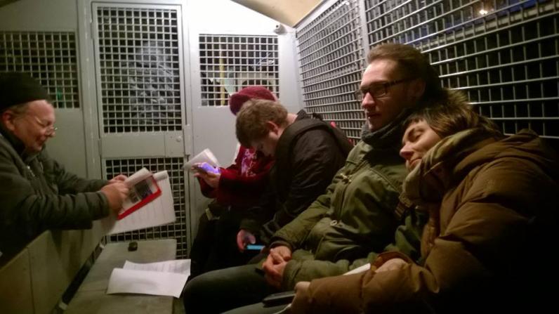 В День конституции в Москве задержали больше десятка человек за чтение конституции