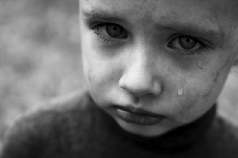 В Каменском на 4 года посадили мать, которая оставила детей без присмотра