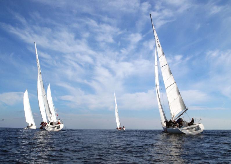 От набережной Днепра яхтсмены со всей Украины будут идти наперегонки до Одессы