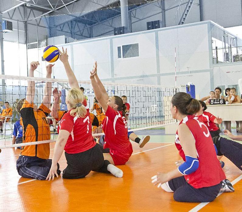 В Днепре люди с ограниченными возможностями создают волейбольную команду