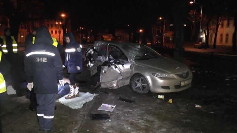 Смертельное ДТП в Днепре: водитель «Мазды-6» не справился с управлением