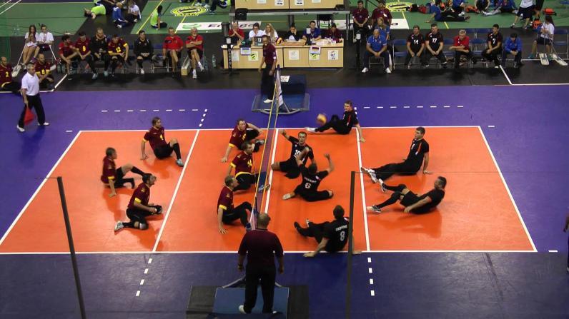В Днепре приглашают в волейбольную команду людей с ограниченными возможностями