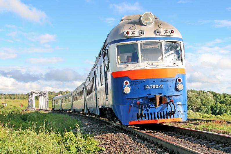 Укрзалізниця назначила три дополнительных поезда