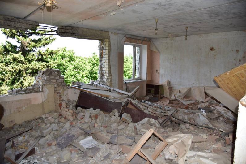 Красногоровка восстанавливается после обстрела
