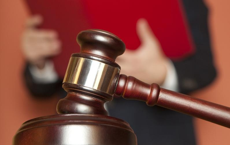 Горсовет Днепра подает иск против облсовета