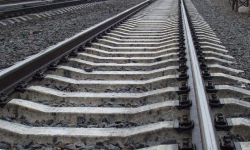 На Днепропетровщине поезд сбил женщину