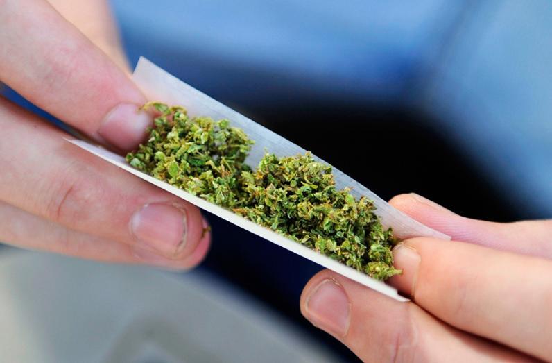 Пограничники задержали мужчину, перевозившего марихуану в освежителе воздуха