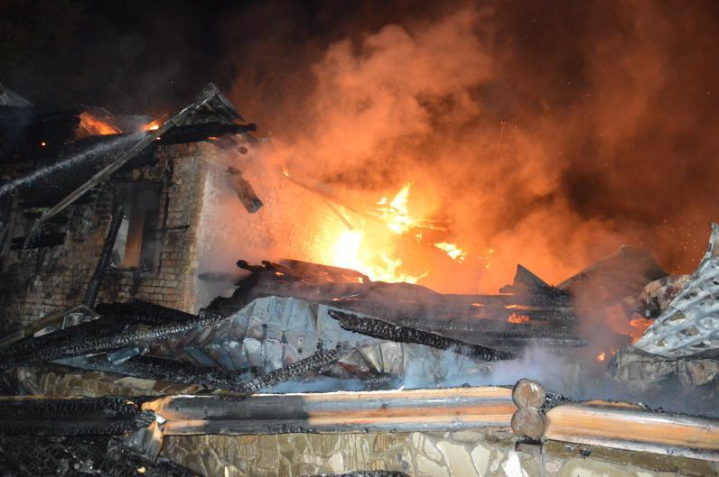 В Днепре сгорел ресторан