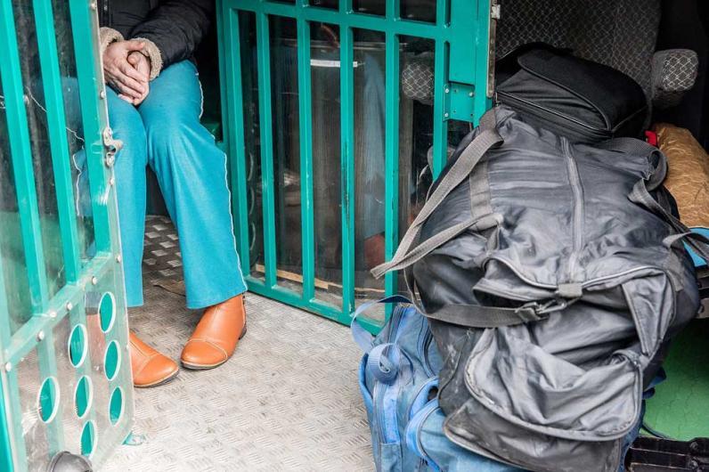 В Днепре незаконно работали 4 армянина и россиянин