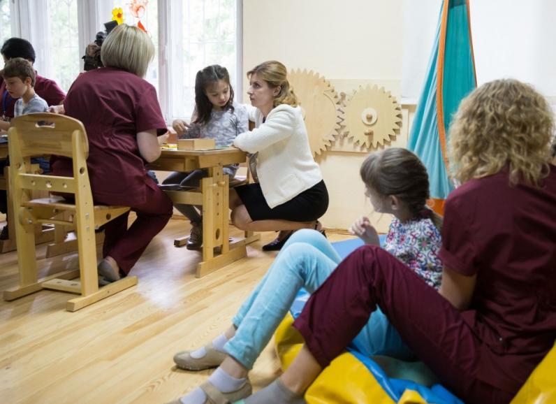 На Днепропетровщине открыли 17 ресурсных комнат для особенных детей