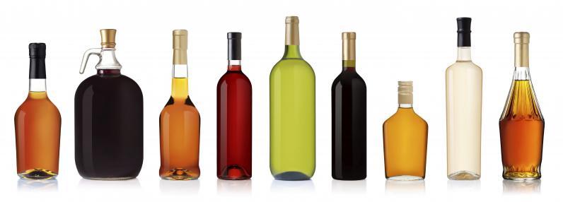 В Днепре в гараже производили фальсифицированный алкоголь