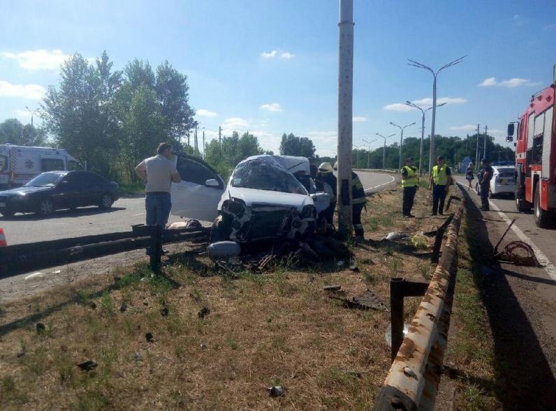 ДТП под Днепром: погибли трое людей