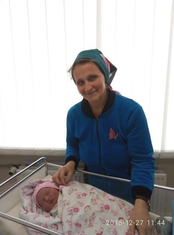 46-летняя украинка родила 18 ребенка