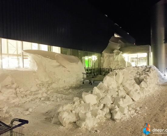 МЕТРО в снежном плену